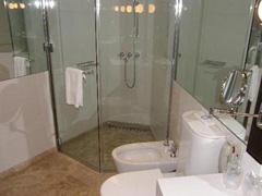 bath-hotel